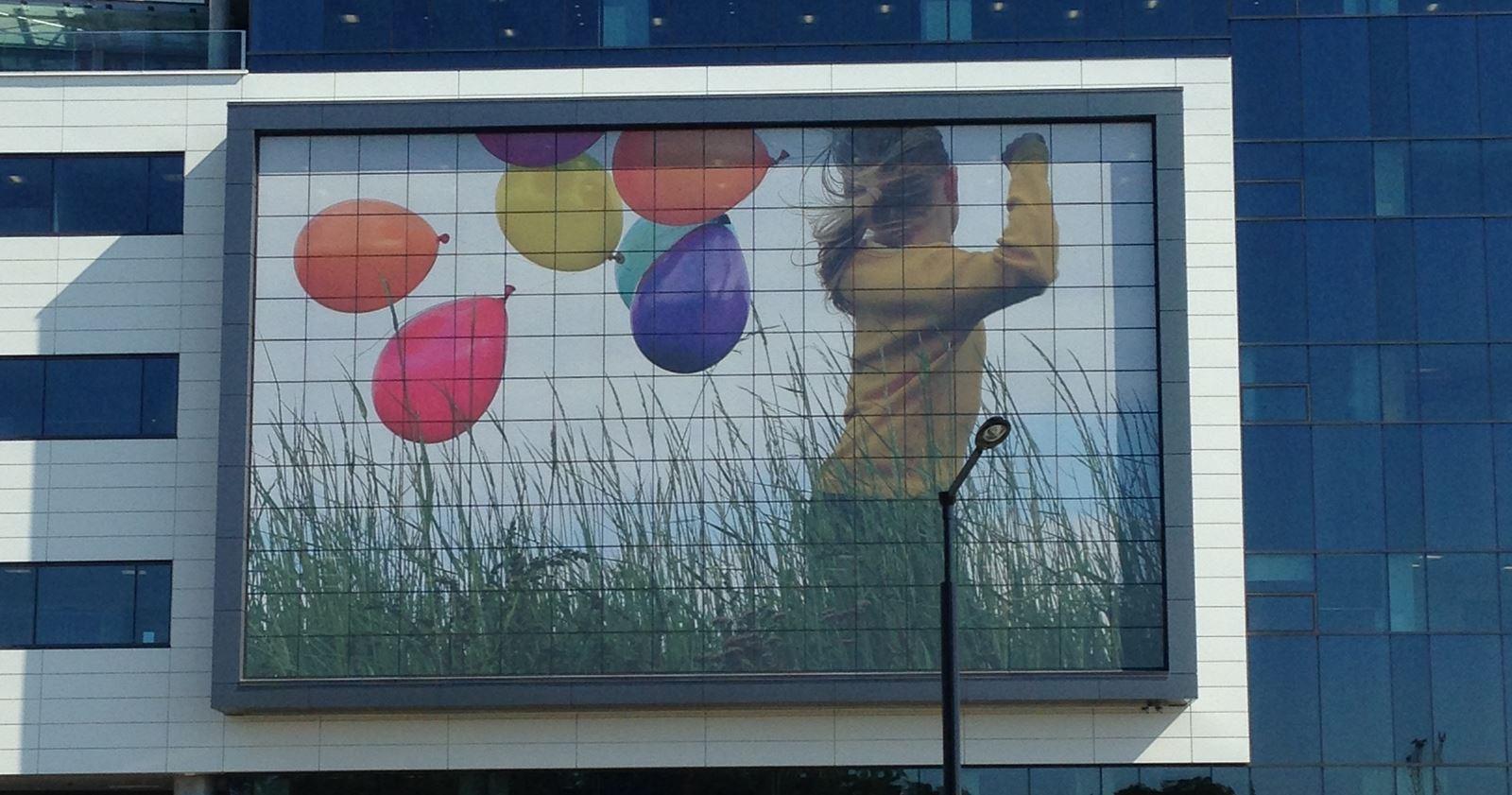 shriners-hospital-montreal-canada-window-perf
