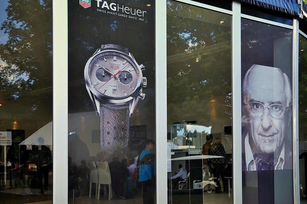 tag-heuer-uk-window-perf