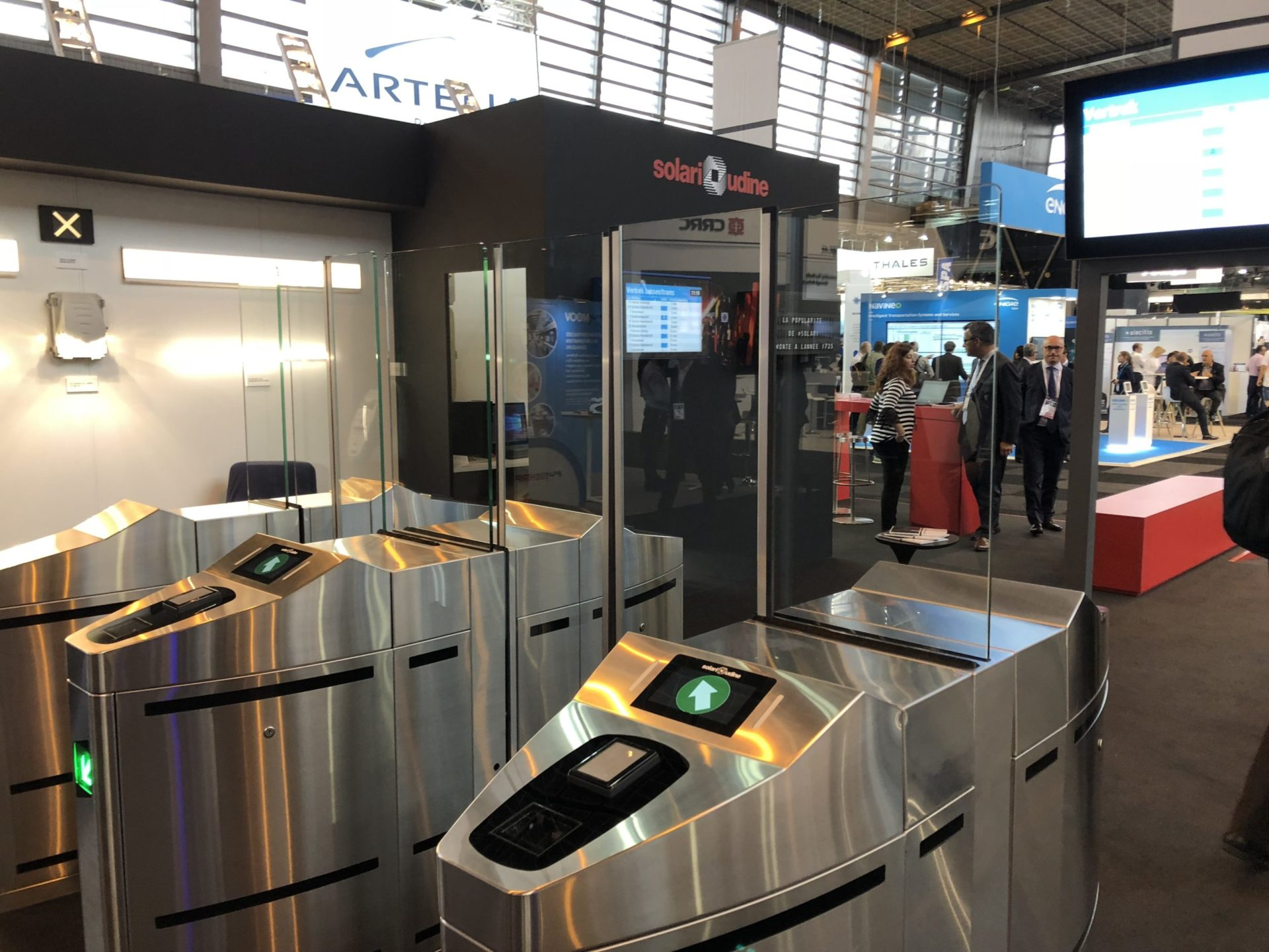 ticket-barrier-contra-vision
